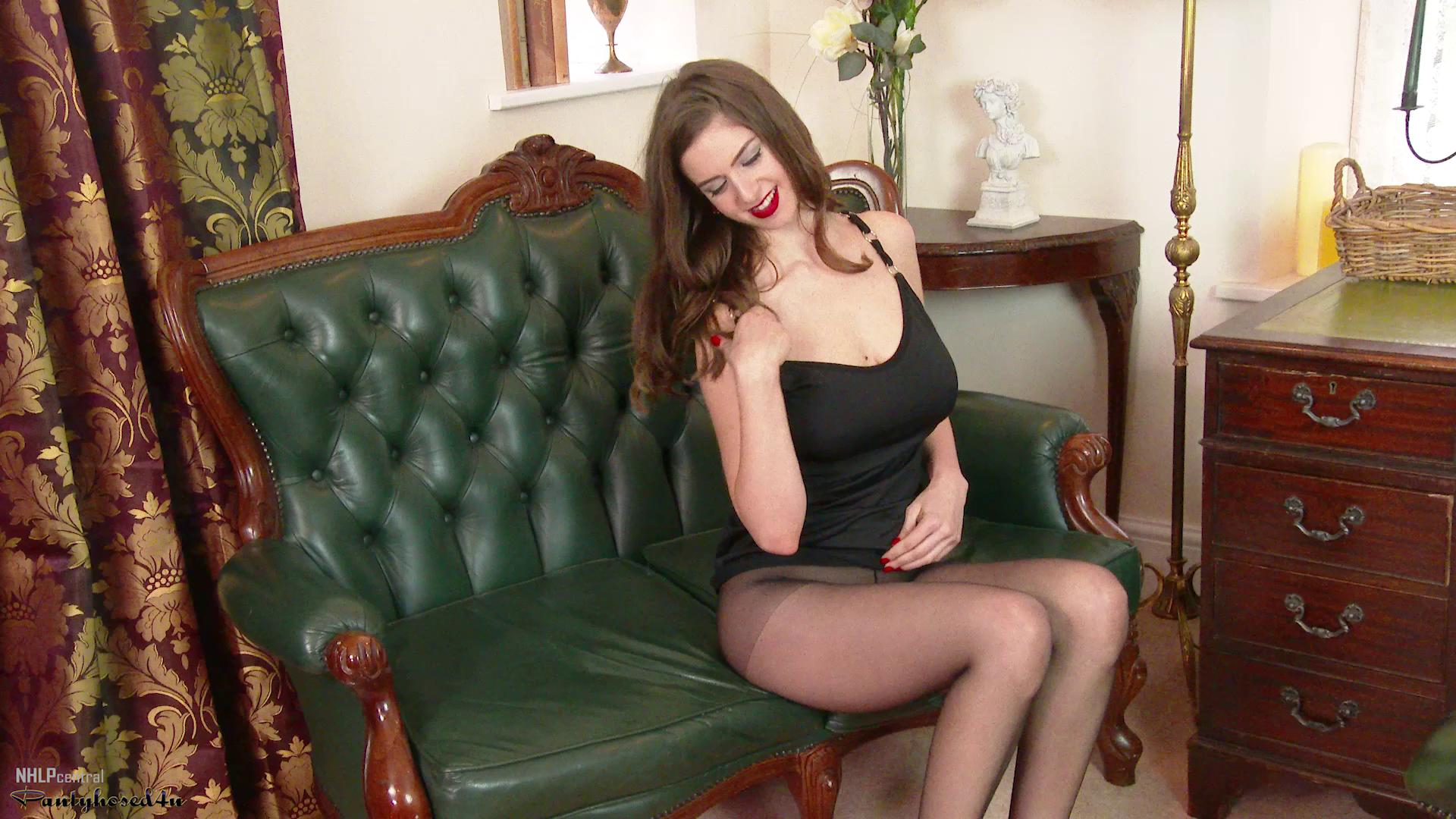 Stella Cox – Picked Up For Pantyhose