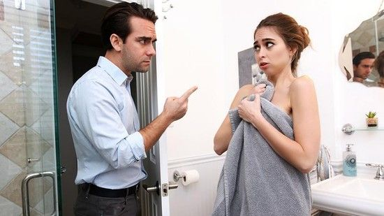 NannySpy – Riley Reid  – Dad Discovers Nannys Hidden Bush