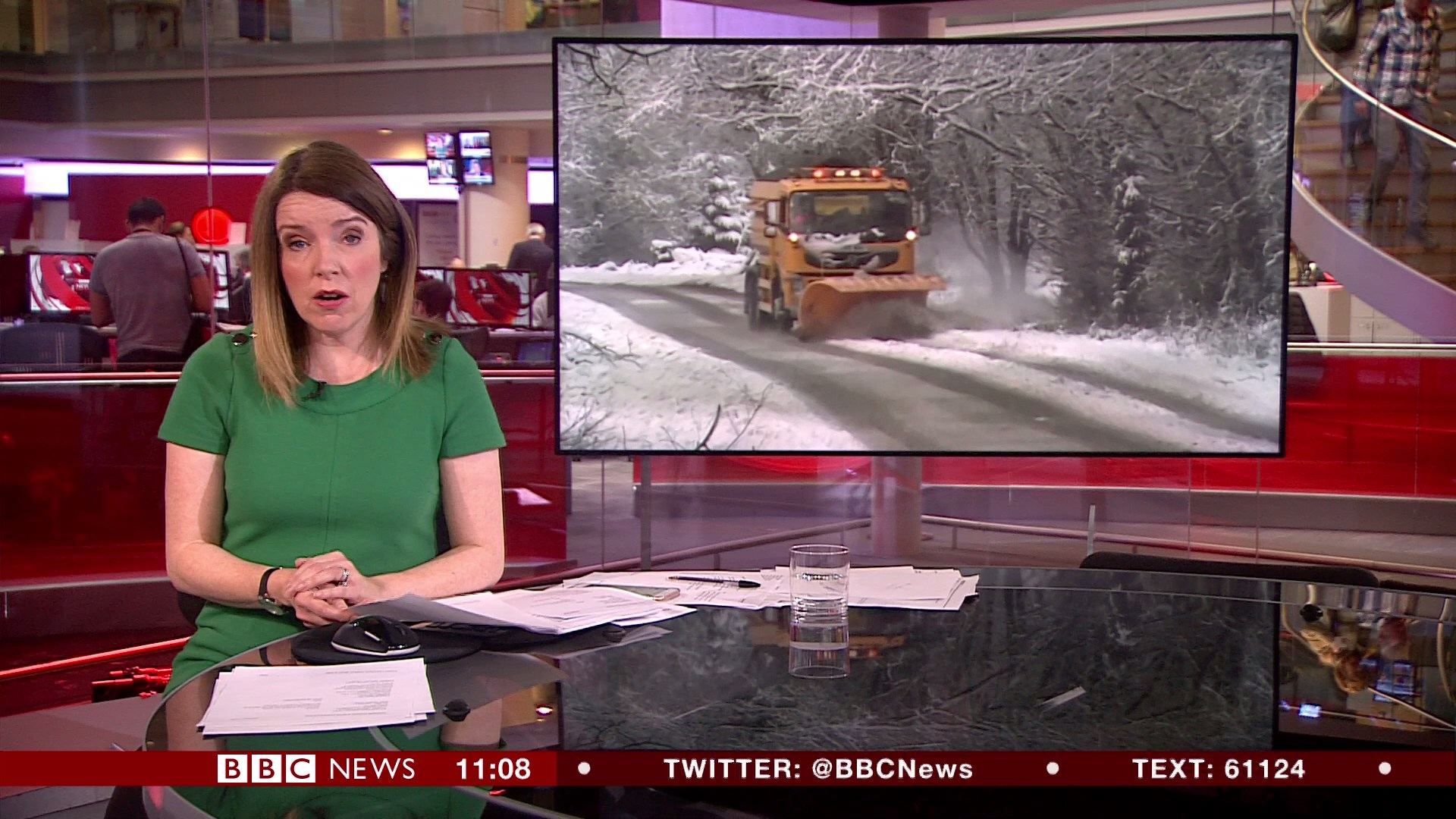 61842122_bbc-newsroom-live_20180117_11001130-ts_snapshot_08-57_-2018-01-17_12-57-09.jpg