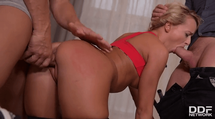 HandsOnHardcore  – Victoria Pure  – Fitness and Fuck Buddies