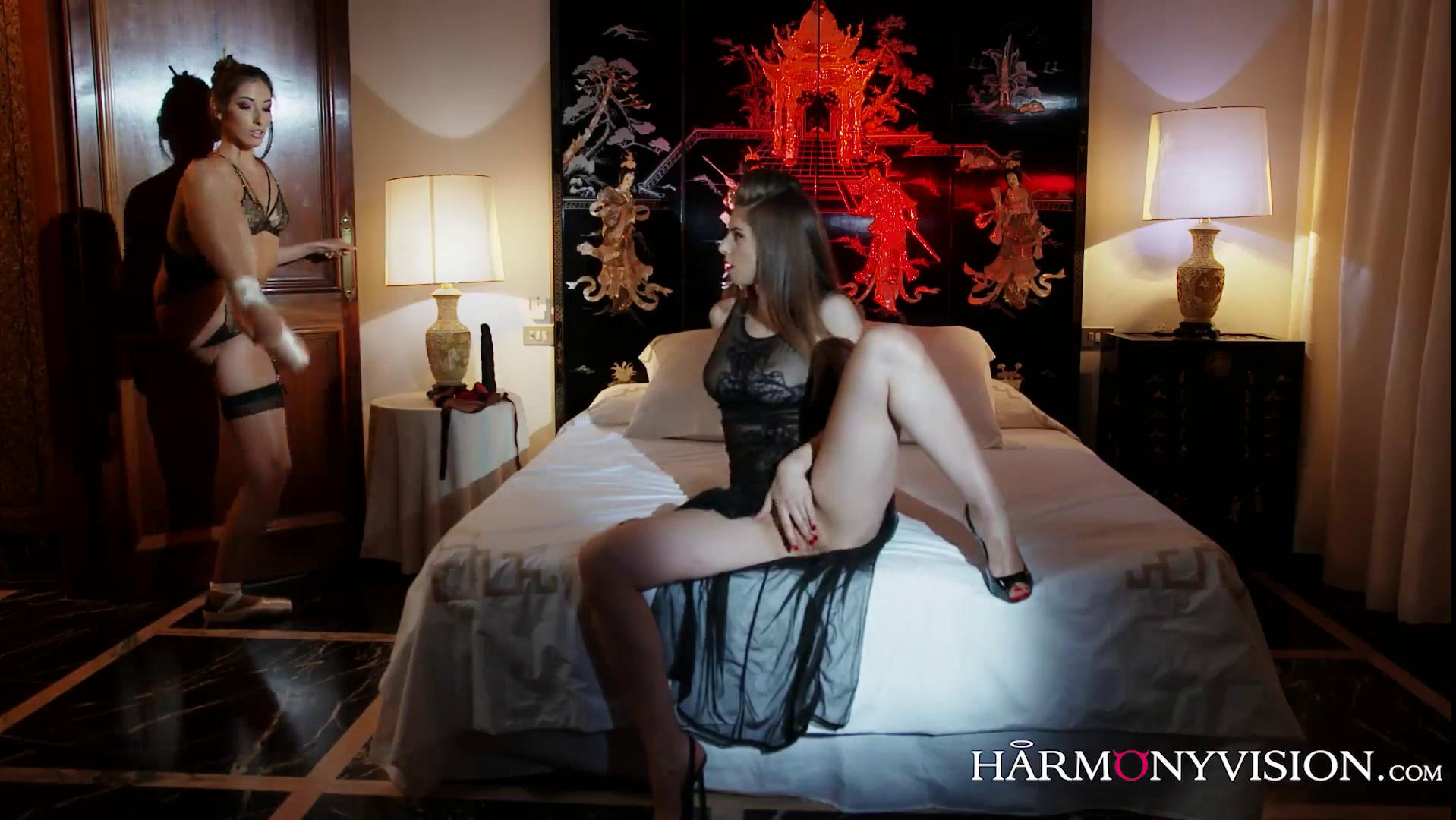 HarmonyVision – Stella Cox And Clea Gaultier Passion To Please