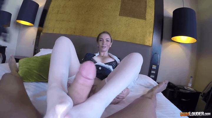 POV – Paola Guerra – Room SeXvice
