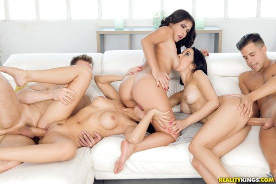 EuroSexParties – Julia Lucia ,Francys Belle , Aysha Our – Euro Sex Trip