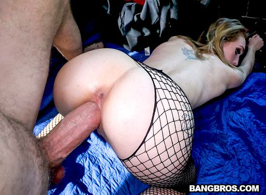 BangBus: The Bus Picks up a Hooker – Victoria Gracen