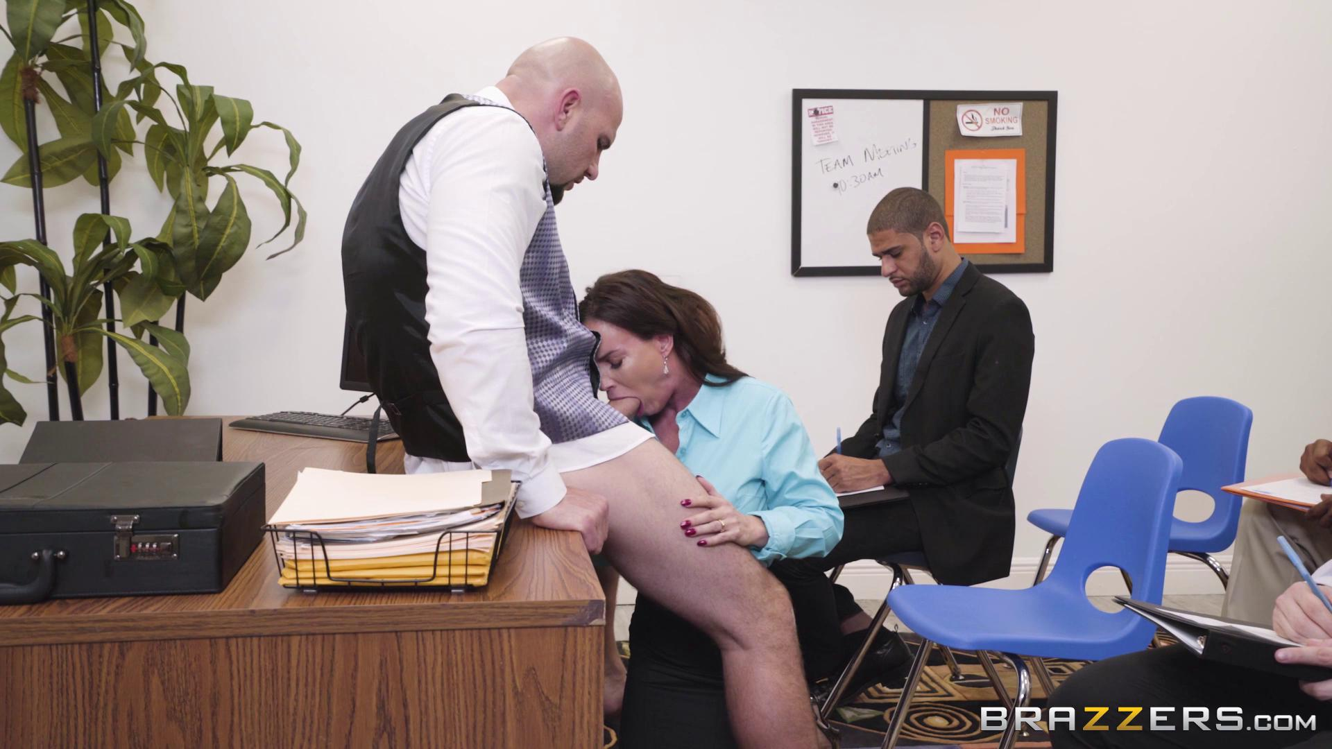 BigTitsAtWork – Diamond Foxxx HR Whorientation