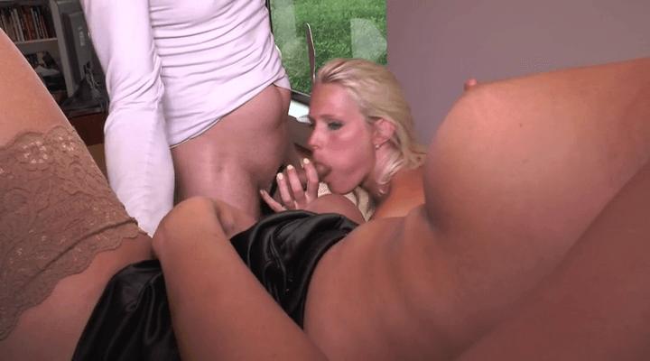 MariskaX – Debby Pleasure Secretary Day – Mariska Julia ,Lucia