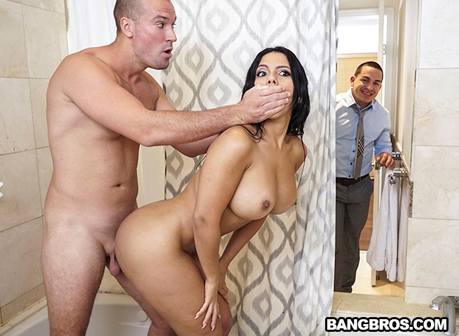 AssParade: Cheating Big Ass Latina – Rose Monroe