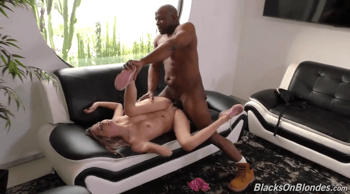 BlacksOnBlondes – Carolina Sweets