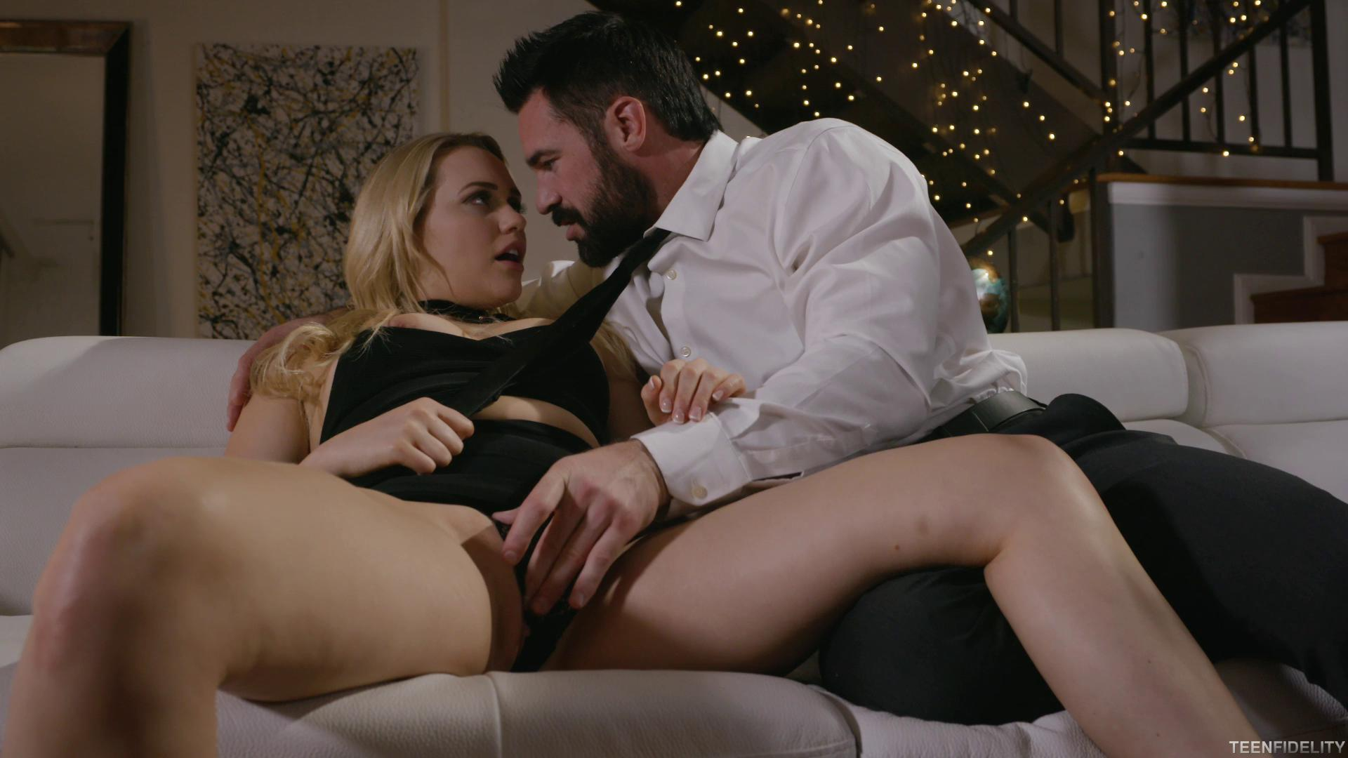 TeenFidelity E304 Mia Malkova Swan Of Sorrow